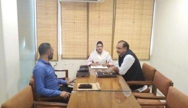 ایم پی اے سیمابیہ طاہر سے اسلام آباد میں کلین اینڈ گرین کے بانی جناب طارق محمود کی ملاقات