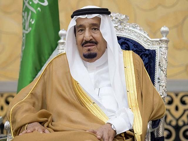 سعودی فرمانروا کورونا وائرس کی وجہ سے بند نجی کمپنیوں کے ملازمین کی تنخواہیں ادا کریں گے، فوٹو : فائل